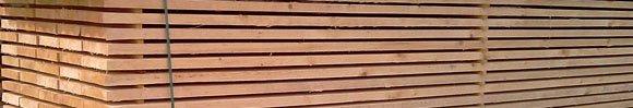 Wit gezaagd hout
